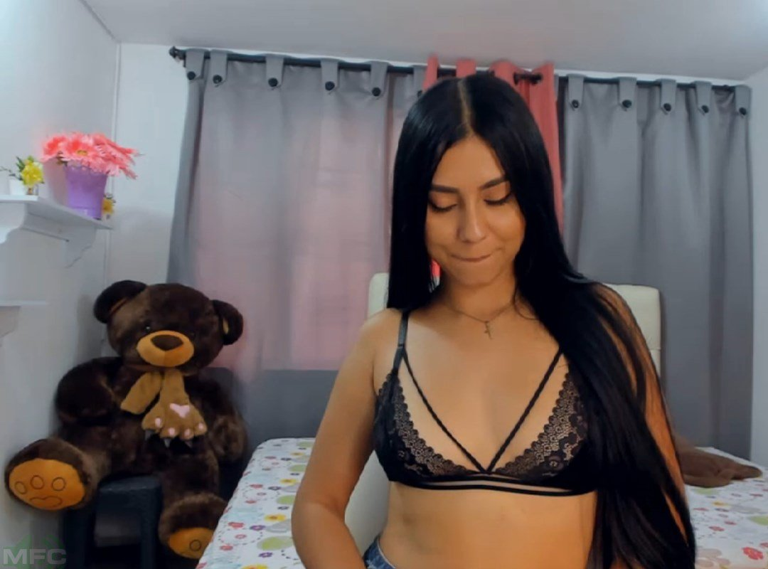 Gypsy_sexy1 MyFreeCams Video Download